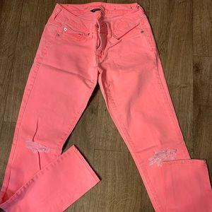 Bright pink American eagle skinny jeans